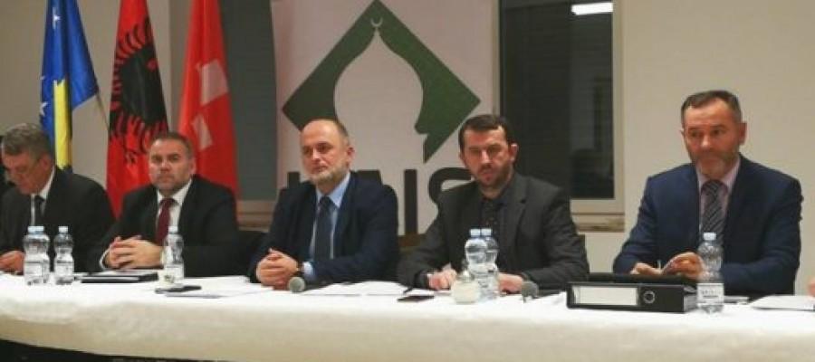 Bëhen bashkë 40 xhami shqiptare